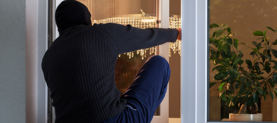 Why Do Burglars Target Your Home While You Are On Vacation